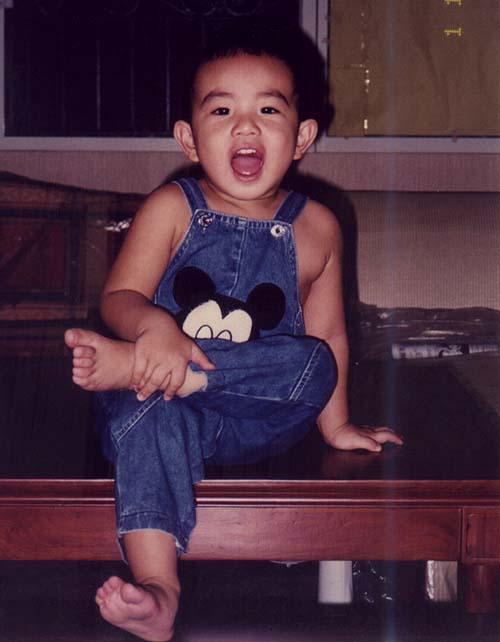 Ang Pa-Cute - Nakaka bwiset tong batang to! habang lumalaki pakulit
